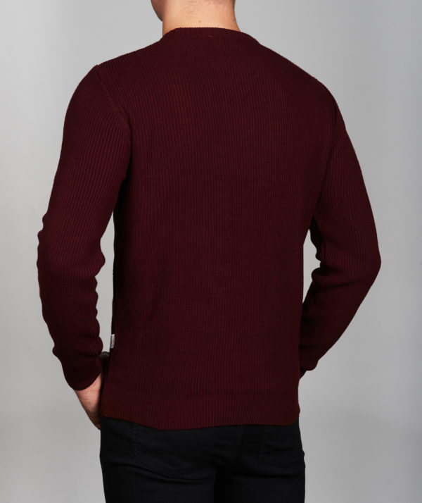 Vyriškas bordo spalvos megztinis apvaliu kaklu