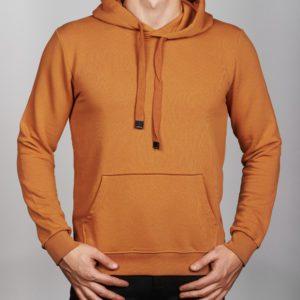 Vyriškas rudos spalvos džemperis su gobtuvu