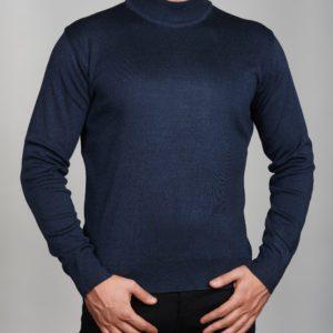 Vyriškas mėlynos spalvos megztinis aukštu kaklu