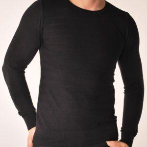 Vyriškas juodos spalvos megztinis apvaliu kaklu