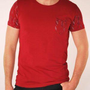 Raudoni vyriški marškinėliai