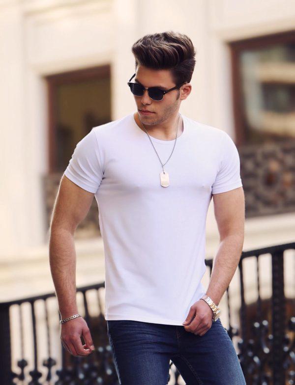 Balti vienspalviai kokybiški vyriški marškinėliai Mol
